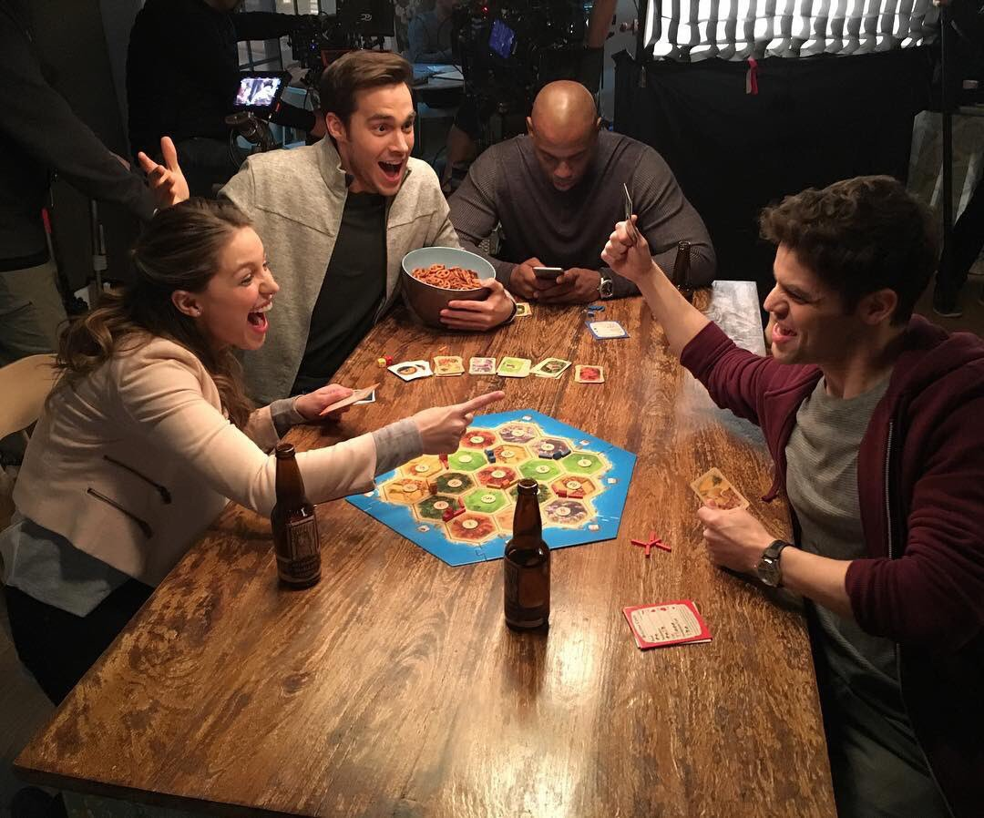 Supergirl CATAN